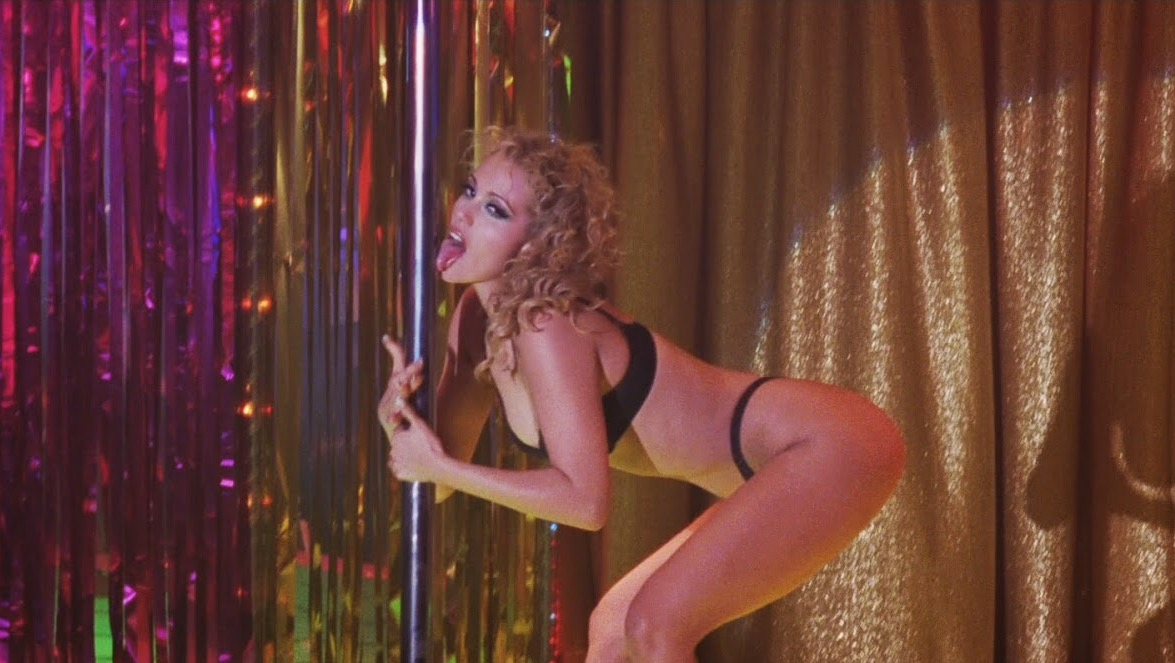Showgirls striptease elizabeth berkley burlesque